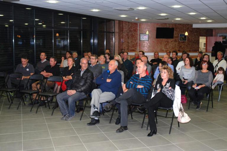 Une partie de l'assemblée et les invités